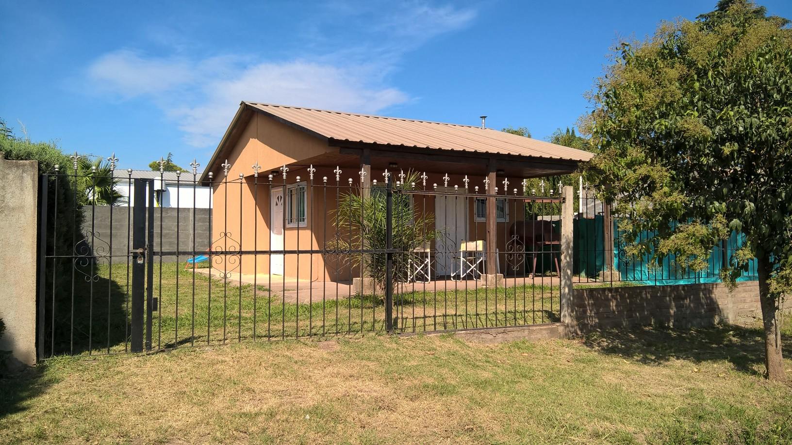 Alquilo casa en barrio Aguada de Reyes